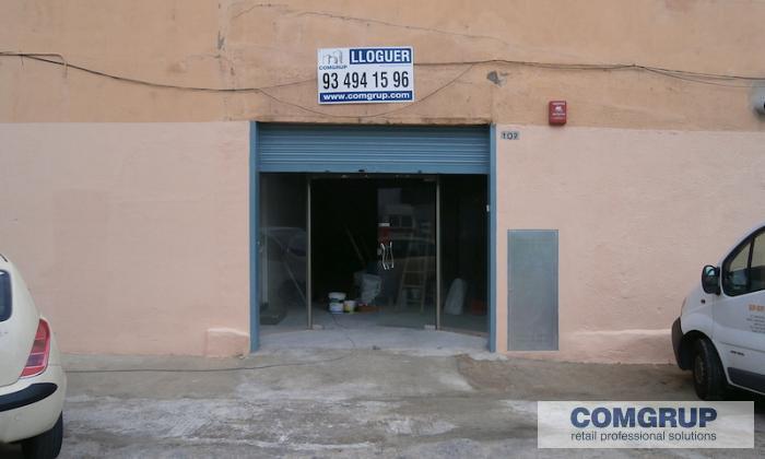 Sant adri de bes s torrassa 107 comgrup locales for Besos en la oficina 2