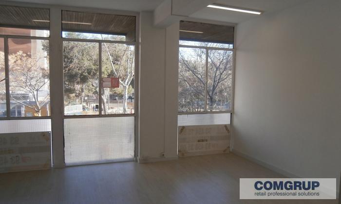 Barcelona provenza 455 1 3 comgrup locales oficinas for Oficina bicing