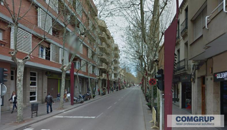 Sabadell rambla comgrup locales oficinas y naves for Oficina trafico sabadell
